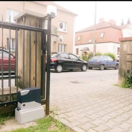 Autogate Pintu Rumah